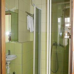 Отель Хостел Sopotiera Pokoje Goscinne Польша, Сопот - отзывы, цены и фото номеров - забронировать отель Хостел Sopotiera Pokoje Goscinne онлайн ванная фото 7