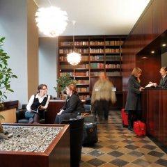 Отель Aparthotel am Zwinger интерьер отеля фото 2