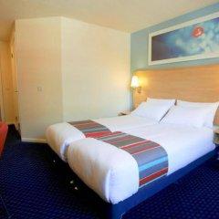 Отель Travelodge Edinburgh Dreghorn Эдинбург комната для гостей фото 5