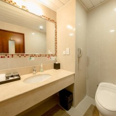 Grand Dragon Hotel ванная