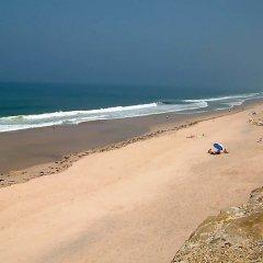 Отель Praia del Rey Golf Casa пляж