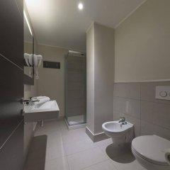 Отель B&B Hotel Bergamo Италия, Бергамо - 7 отзывов об отеле, цены и фото номеров - забронировать отель B&B Hotel Bergamo онлайн ванная