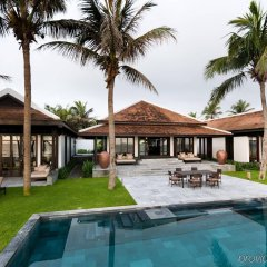 Отель Four Seasons Resort The Nam Hai, Hoi An, Vietnam бассейн фото 3
