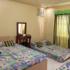 Отель Casa Reyfrancis Pension House Филиппины, Тагбиларан - отзывы, цены и фото номеров - забронировать отель Casa Reyfrancis Pension House онлайн комната для гостей фото 3