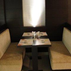 Отель Chanchal Deluxe Индия, Нью-Дели - отзывы, цены и фото номеров - забронировать отель Chanchal Deluxe онлайн питание фото 2