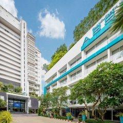 Отель Andaman Beach Suites Пхукет парковка