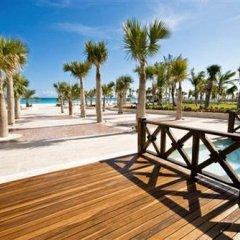 Отель Aquamarina Luxury Residences пляж фото 2