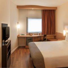 Отель Ibis Izmir Alsancak комната для гостей фото 2