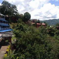 Отель Snow View Mountain Resort Непал, Дхуликхел - отзывы, цены и фото номеров - забронировать отель Snow View Mountain Resort онлайн балкон