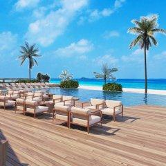 Отель Heritance Aarah (Premium All Inclusive) Мальдивы, Медупару - отзывы, цены и фото номеров - забронировать отель Heritance Aarah (Premium All Inclusive) онлайн бассейн фото 3