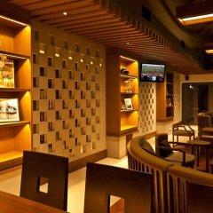 Woodlands Hotel & Resort Паттайя гостиничный бар