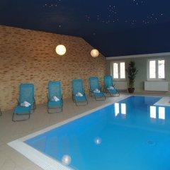 Hotel Amalka Страшков бассейн