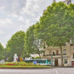 Отель 45 - Atelier Paris Buttes Chaumont Париж парковка