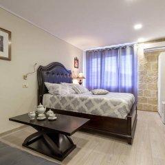 Отель Palace Queen Mary Luxury Rooms комната для гостей фото 3