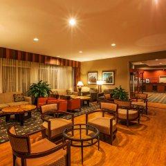 Отель Hampton Inn New York - LaGuardia Airport США, Нью-Йорк - отзывы, цены и фото номеров - забронировать отель Hampton Inn New York - LaGuardia Airport онлайн интерьер отеля