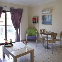 Club Anastasia - Family Hotel комната для гостей