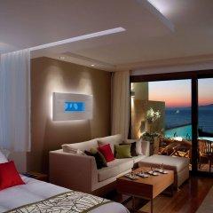 Отель Amathus Elite Suites комната для гостей фото 2