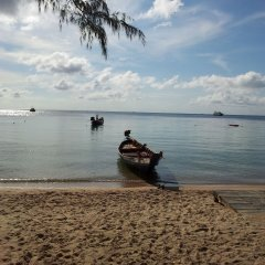 Отель Silver Sands Beach Resort пляж