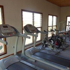 Отель Lake Kariba Inns фитнесс-зал