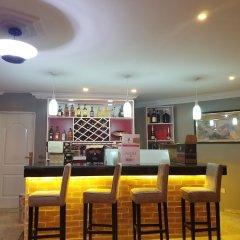 Отель Peemos Place Warri гостиничный бар