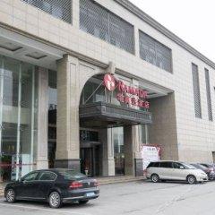 Отель Ramada парковка