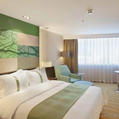 Отель Holiday Inn Shenzhen Donghua Китай, Шэньчжэнь - отзывы, цены и фото номеров - забронировать отель Holiday Inn Shenzhen Donghua онлайн комната для гостей фото 4