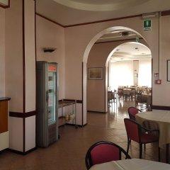 Отель Ceccarini 9 Италия, Риччоне - отзывы, цены и фото номеров - забронировать отель Ceccarini 9 онлайн питание фото 2