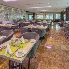 Отель Wyndham Dubai Marina Дубай питание