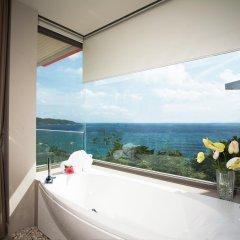 Отель Kalima Resort & Spa, Phuket 5* Семейный номер с видом на море с различными типами кроватей фото 8