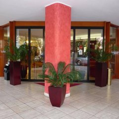 Отель Suite Hotel Parioli Италия, Римини - 7 отзывов об отеле, цены и фото номеров - забронировать отель Suite Hotel Parioli онлайн интерьер отеля фото 3