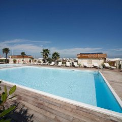 Отель Residence Lungomare Италия, Риччоне - отзывы, цены и фото номеров - забронировать отель Residence Lungomare онлайн бассейн