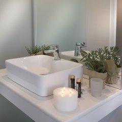 Отель Carolina Греция, Афины - 2 отзыва об отеле, цены и фото номеров - забронировать отель Carolina онлайн ванная фото 4