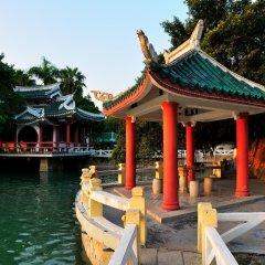 Отель GreenTree Inn Fujian Xiamen University Business Hotel Китай, Сямынь - отзывы, цены и фото номеров - забронировать отель GreenTree Inn Fujian Xiamen University Business Hotel онлайн приотельная территория фото 2