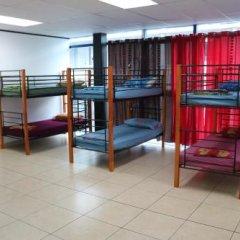 Отель Mahana Lodge Hostel & Backpacker Французская Полинезия, Папеэте - отзывы, цены и фото номеров - забронировать отель Mahana Lodge Hostel & Backpacker онлайн комната для гостей фото 4