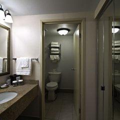 Отель Chicago Club Inn & Suites ванная