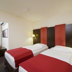 Отель Nh Salzburg City Зальцбург комната для гостей фото 2