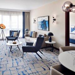 Отель Mövenpick Hotel Bur Dubai ОАЭ, Дубай - отзывы, цены и фото номеров - забронировать отель Mövenpick Hotel Bur Dubai онлайн интерьер отеля фото 2