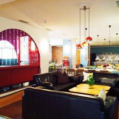 Отель Amstel House Hostel Германия, Берлин - 9 отзывов об отеле, цены и фото номеров - забронировать отель Amstel House Hostel онлайн питание