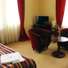 Отель Adria Чехия, Карловы Вары - 6 отзывов об отеле, цены и фото номеров - забронировать отель Adria онлайн комната для гостей фото 5