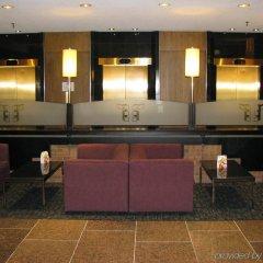 Отель Crowne Plaza Gatineau-Ottawa Канада, Гатино - отзывы, цены и фото номеров - забронировать отель Crowne Plaza Gatineau-Ottawa онлайн интерьер отеля