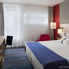Отель Holiday Inn Prague Airport Чехия, Прага - 3 отзыва об отеле, цены и фото номеров - забронировать отель Holiday Inn Prague Airport онлайн комната для гостей фото 2