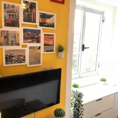 Апартаменты Charming Studio Garden View Great Loc. Лиссабон интерьер отеля