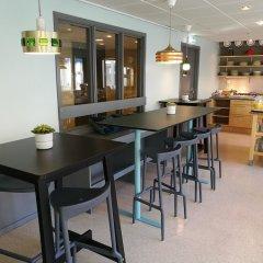 Отель STF Malmö City Hostel & Hotel Швеция, Мальме - 2 отзыва об отеле, цены и фото номеров - забронировать отель STF Malmö City Hostel & Hotel онлайн гостиничный бар