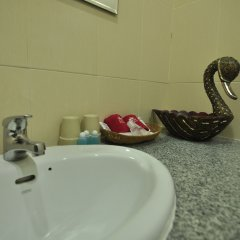Отель Zen Rooms Chayapreuk 1 ванная фото 2