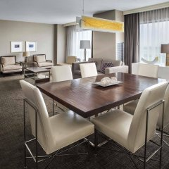 Отель Hyatt Regency Pittsburgh International Airport