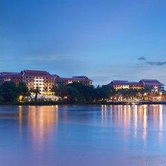 Отель Anantara Riverside Bangkok Resort Таиланд, Бангкок - отзывы, цены и фото номеров - забронировать отель Anantara Riverside Bangkok Resort онлайн пляж