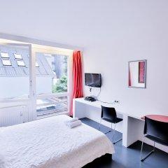 Отель Chic Suisse Flat - Metro Louise Брюссель комната для гостей фото 5