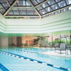 Отель Grand Hyatt Fukuoka Япония, Хаката - отзывы, цены и фото номеров - забронировать отель Grand Hyatt Fukuoka онлайн бассейн фото 2