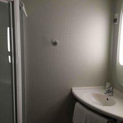 Отель ibis Toulouse Pont Jumeaux Франция, Тулуза - отзывы, цены и фото номеров - забронировать отель ibis Toulouse Pont Jumeaux онлайн ванная фото 2