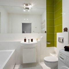 Апартаменты Chill Apartments Wola ванная